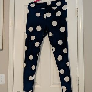 GUC Lularoe Polka Dot Leggings Tall and Curvy